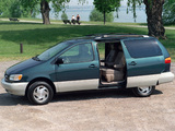 Pictures of Toyota Sienna 1997–2001