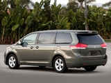 Toyota Sienna 2010 pictures