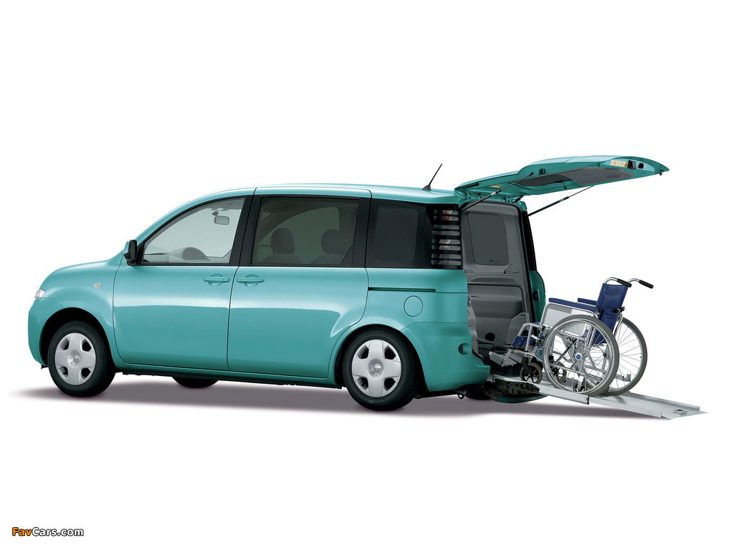 Photos of Toyota Sienta (NCP81G) 2003–06 (1024 x 768)