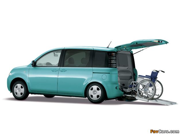 Photos of Toyota Sienta (NCP81G) 2003–06 (640 x 480)