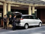 Toyota Tarago 2007 photos