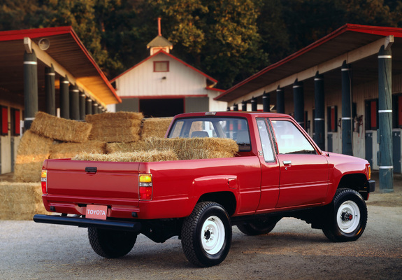 toyota truck xtracab 4wd 1984 86 wallpapers. Black Bedroom Furniture Sets. Home Design Ideas