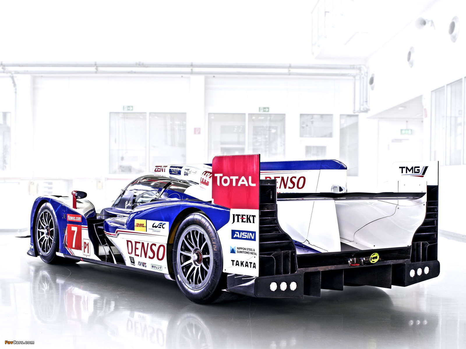 Images of Toyota TS030 Hybrid 2013 (1600 x 1200)