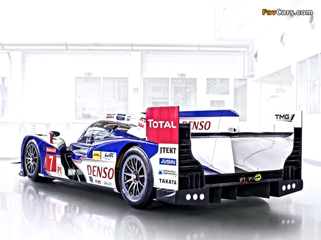 Images of Toyota TS030 Hybrid 2013 (640 x 480)