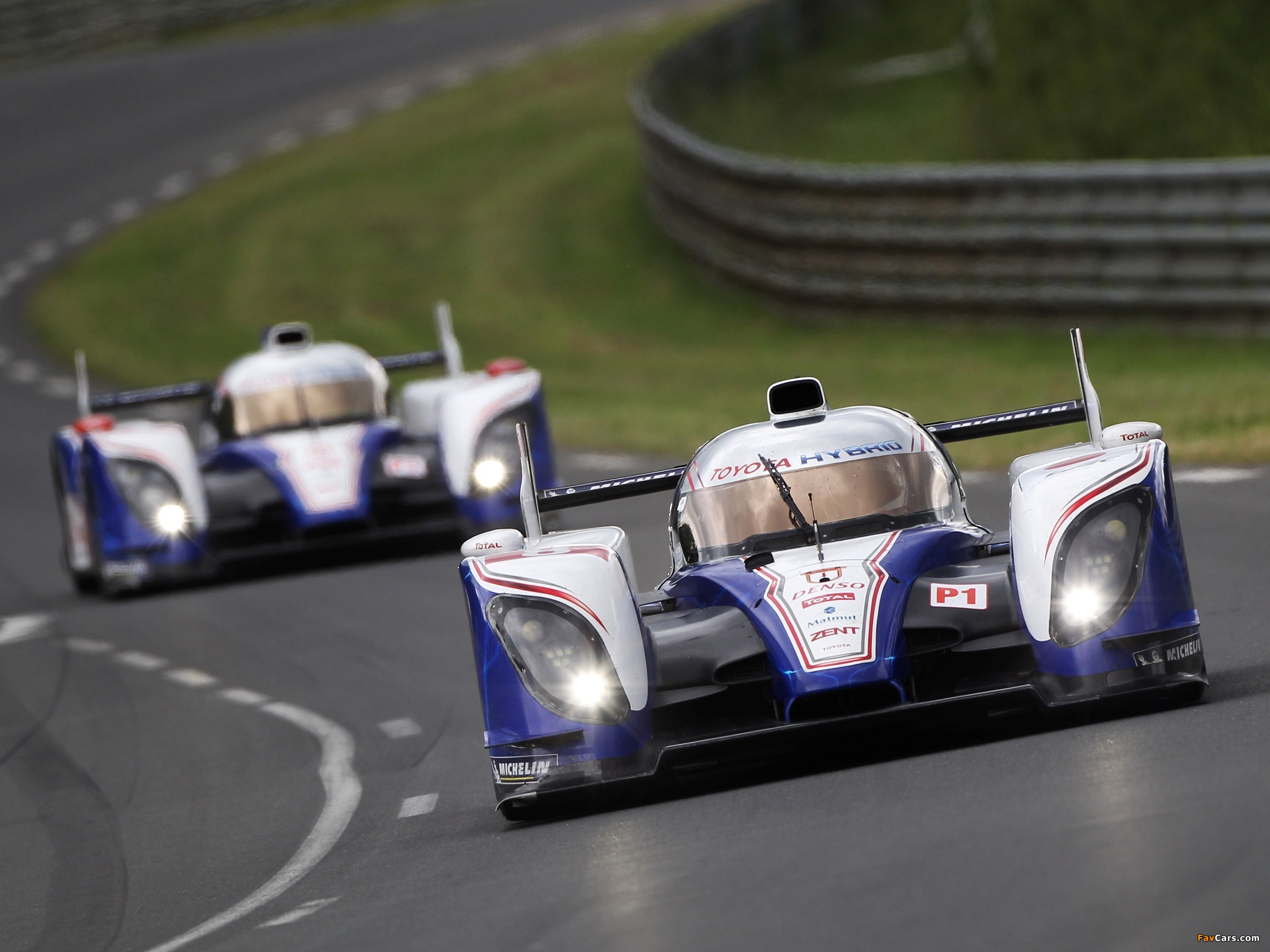Toyota TS030 Hybrid 2012 pictures (2048 x 1536)
