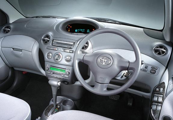 toyota yaris 2002 interior