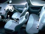 Photos of Toyota Vitz 3-door 1999–2001
