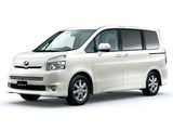 Images of Toyota Voxy ZS 2007–10