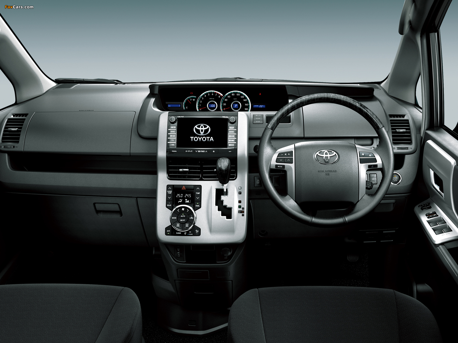 Photos of Toyota Voxy 2010 (1600 x 1200)