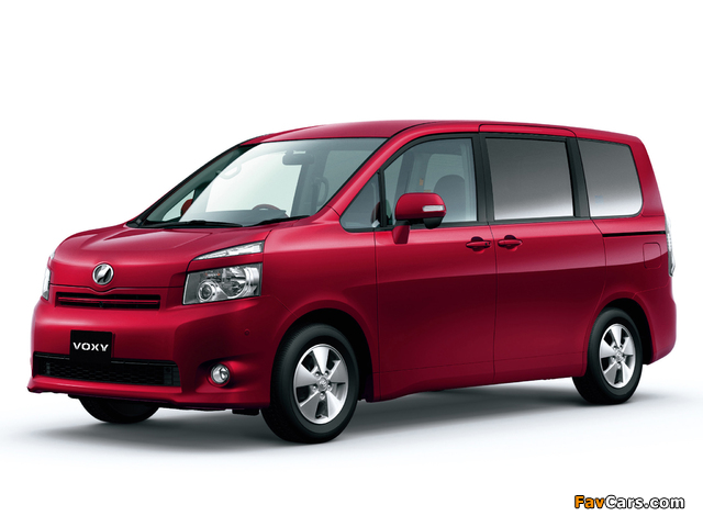 Pictures of Toyota Voxy 2007–10 (640 x 480)