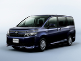 Pictures of Toyota Voxy X Hybrid 2014
