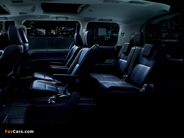 Pictures of Toyota Voxy ZS 2014 (640 x 480)