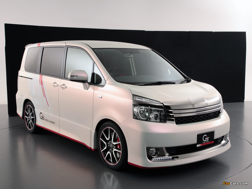Toyota Voxy G Sports Concept 2010 images (1024 x 768)