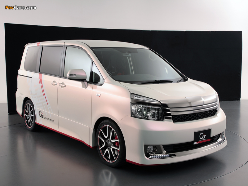 Toyota Voxy G Sports Concept 2010 images (800 x 600)