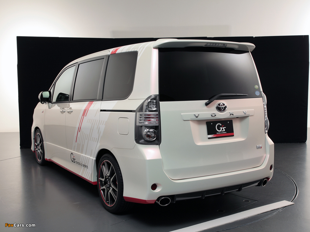 Toyota Voxy G Sports Concept 2010 wallpapers (1024 x 768)