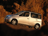 Photos of Toyota Yaris Verso 1999–2003