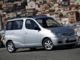 Toyota Yaris Verso 2003–06 images