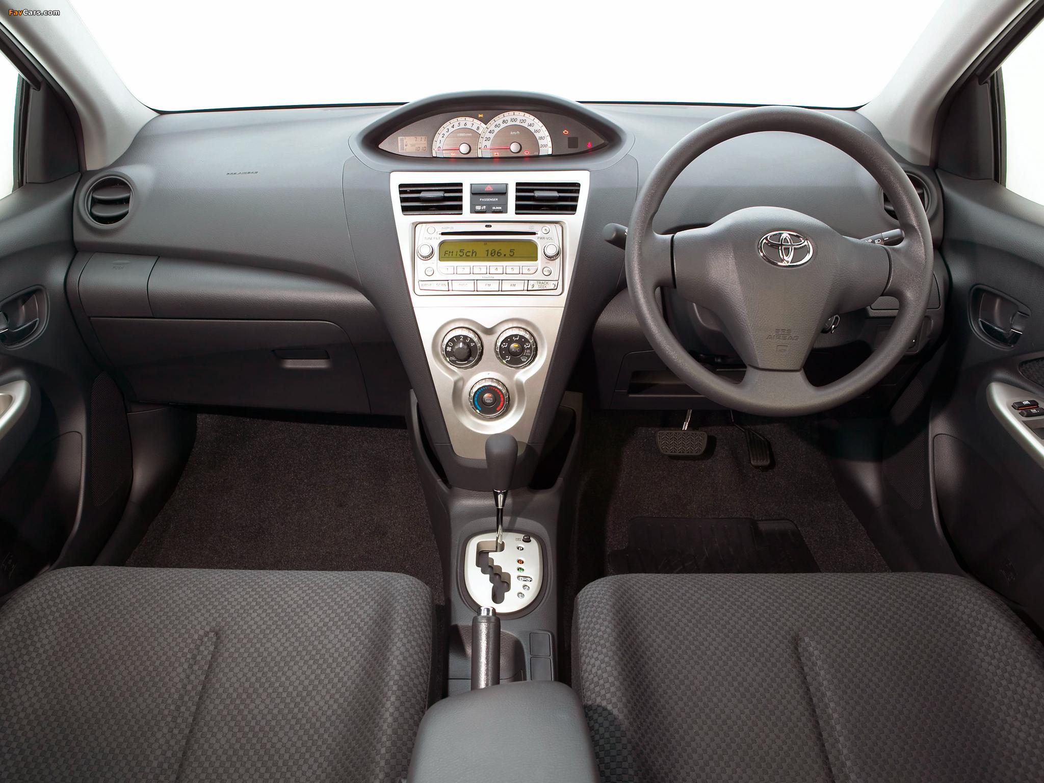 Toyota Yaris как снять #10
