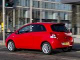 Toyota Yaris SR UK-spec 2010–11 images
