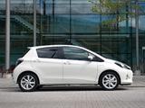 Toyota Yaris Hybrid UK-spec 2012 pictures