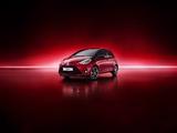 Toyota Yaris Hybrid Bi-Tone 2017 pictures