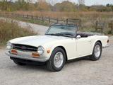 Triumph TR6 1969–76 images