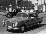 Vanden Plas Princess 4 Litre R 1964–68 pictures