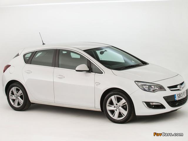 Photos of Vauxhall Astra SRi 2012–15 (640 x 480)
