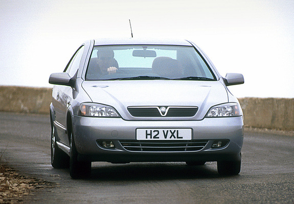 Pictures Of Vauxhall Astra Coupe 200005