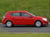 Vauxhall Astra ecoFLEX 5-door 2008–09 pictures