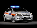 Vauxhall Astra Police 2010–12 images