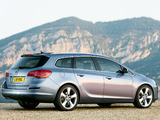 Vauxhall Astra Sports Tourer 2010–12 images