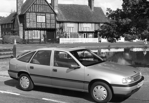 Pictures Of Vauxhall Cavalier GL Hatchback 1988 92