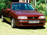 Vauxhall Cavalier CDX Saloon 1993–95 images