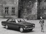 Vauxhall Cresta 4-door Saloon (PC) 1965–72 images