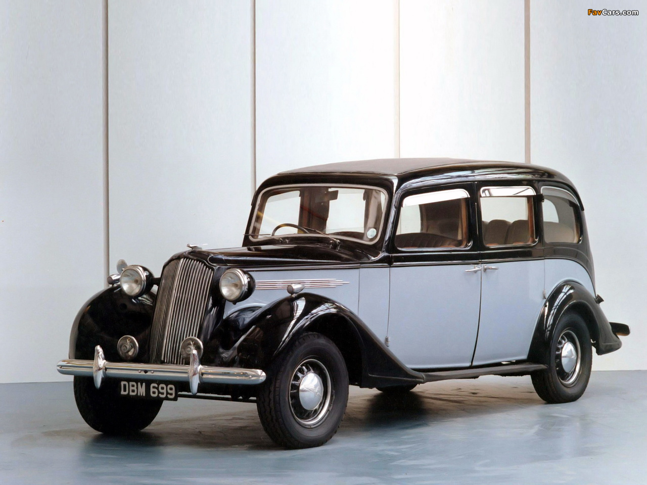Images of Vauxhall GL-Type 25 HP Limousine 1940 (1280 x 960)