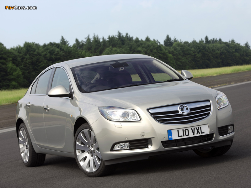 Images of Vauxhall Insignia Hatchback 2008–13 (800 x 600)