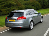 Vauxhall Insignia 4x4 Sports Tourer 2008–13 pictures