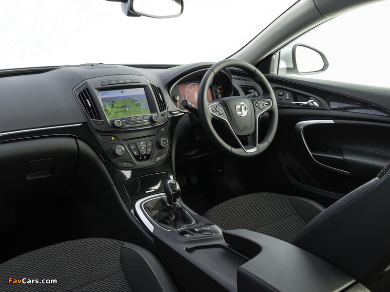 Vauxhall Insignia Country Tourer 2013 images (800 x 600)