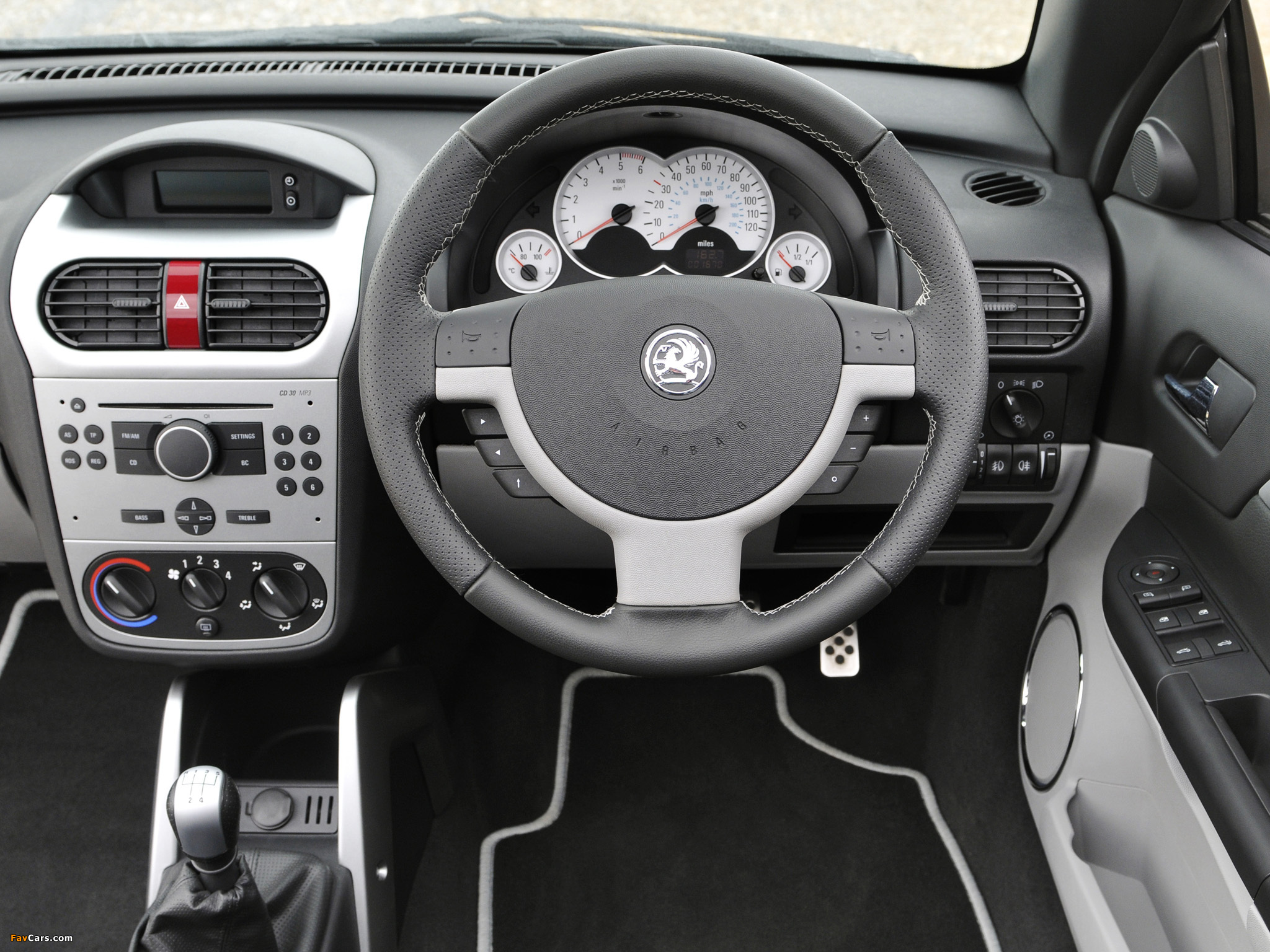 Images of Vauxhall Tigra TwinTop Sport Rouge 2008–09 (2048 x 1536)