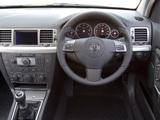 Photos of Vauxhall Vectra GTS (C) 2005–08