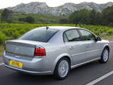 Photos of Vauxhall Vectra Sedan (C) 2005–08