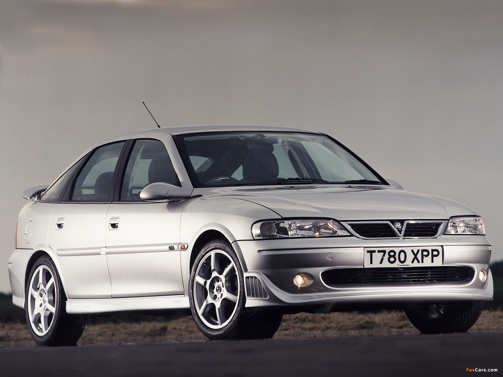 Vauxhall Vectra GSi Hatchback B 1998 99 Wallpapers