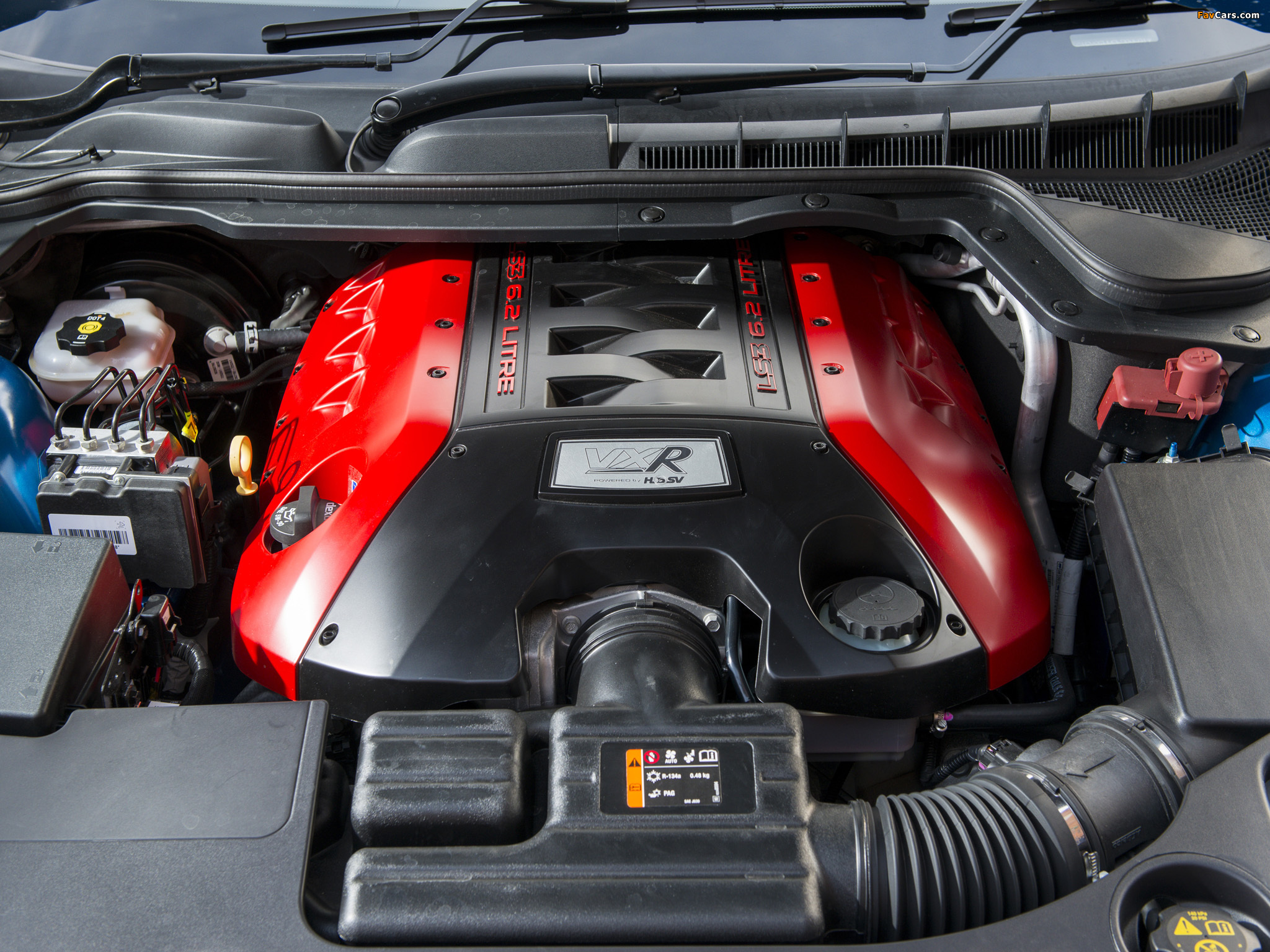 Pictures of Vauxhall VXR8 Tourer 2013 (2048 x 1536)