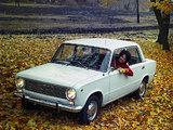 Lada 1200 (2101) 1971–82 images