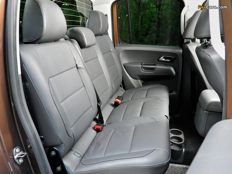 Volkswagen Amarok Double Cab Highline UK-spec 2010 images (800 x 600)