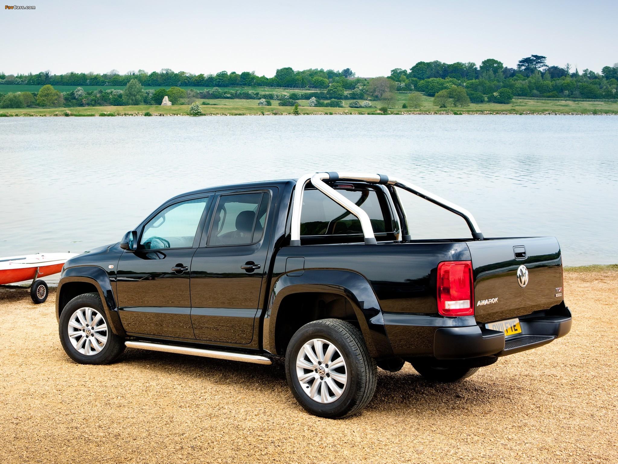 Volkswagen Amarok Double Cab Trendline UK-spec 2010 photos (2048 x 1536)