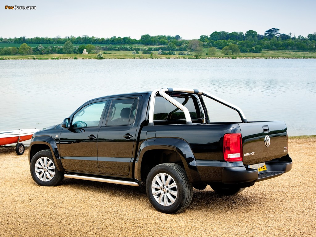 Volkswagen Amarok Double Cab Trendline UK-spec 2010 photos (1024 x 768)