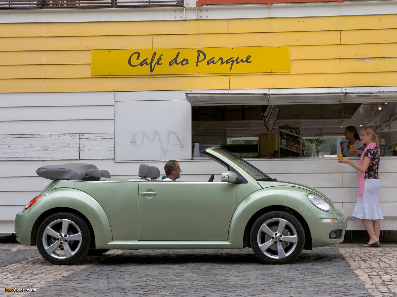 Images of Volkswagen New Beetle Cabrio 2006–10 (1280 x 960)