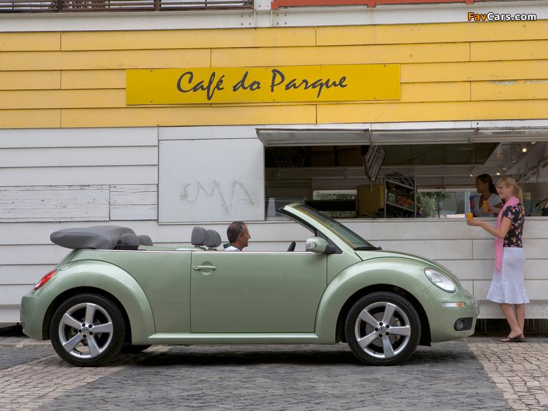 Images of Volkswagen New Beetle Cabrio 2006–10 (800 x 600)